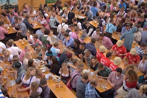 Oktoberfest, Oktoberfest Munich, Oktoberfest beer, accomodation Oktoberfest, food Oktoberfest, prices Oktoberfest, when is Oktoberfest, where is Oktoberfest