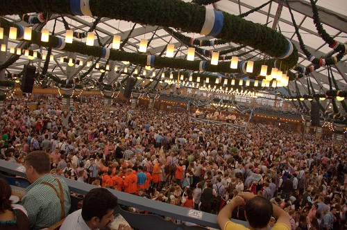 Oktoberfest Oktoberfest Munich Oktoberfest beer accomodation Oktoberfest food Oktoberfest prices Oktoberfest & Oktoberfest Munich u2013 the biggest beer festival in the world | Nina ...