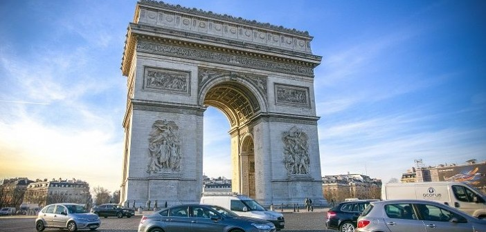 Paris on a budget, budget travel to Paris, Paris travel blog