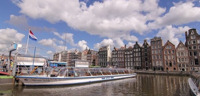 7 tricks to make your travel to Amsterdam on a budget