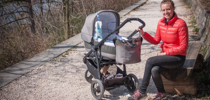 Which baby stroller is best for traveling?