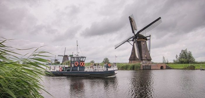 TOP 14 things to do while traveling around Holland
