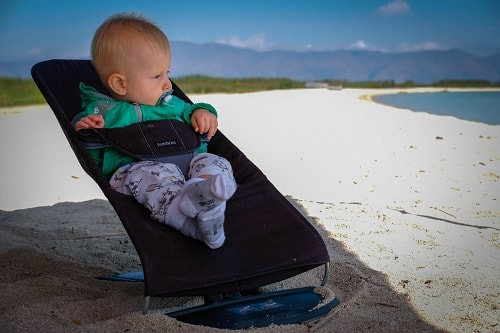 traveling with a baby, travel with a baby, baby traveling tips