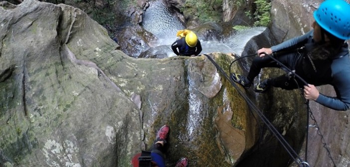 Australia travel, Blue Mountains, canyoning, abseiling, Katoomba