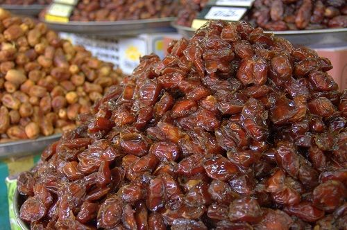 date fruit, date fruits, dried dates, dates fruit nutrition, benefits of date fruits