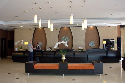 holiday inn al barsha, hotels dubai al barsha, 4 star hotels in dubai, accomodation in dubai