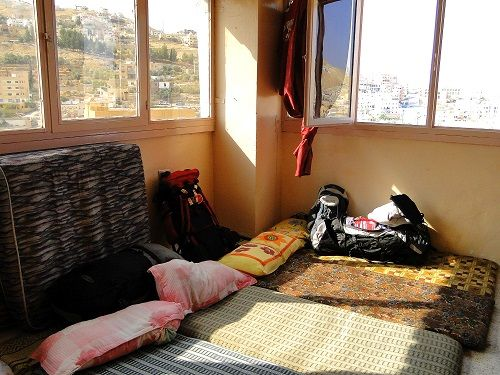 low budget travels, low budget traveling, traveling low budget, rooftop accommodations