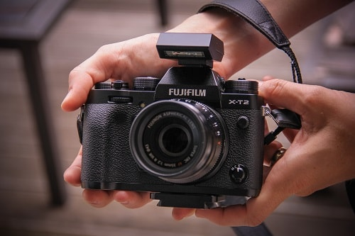 best travel camera, camera for traveling, FujiFilm TX-2