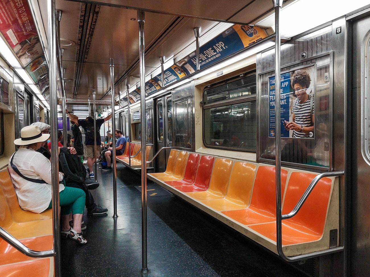 Metro New York, public transport New York, JFK to Manhattan